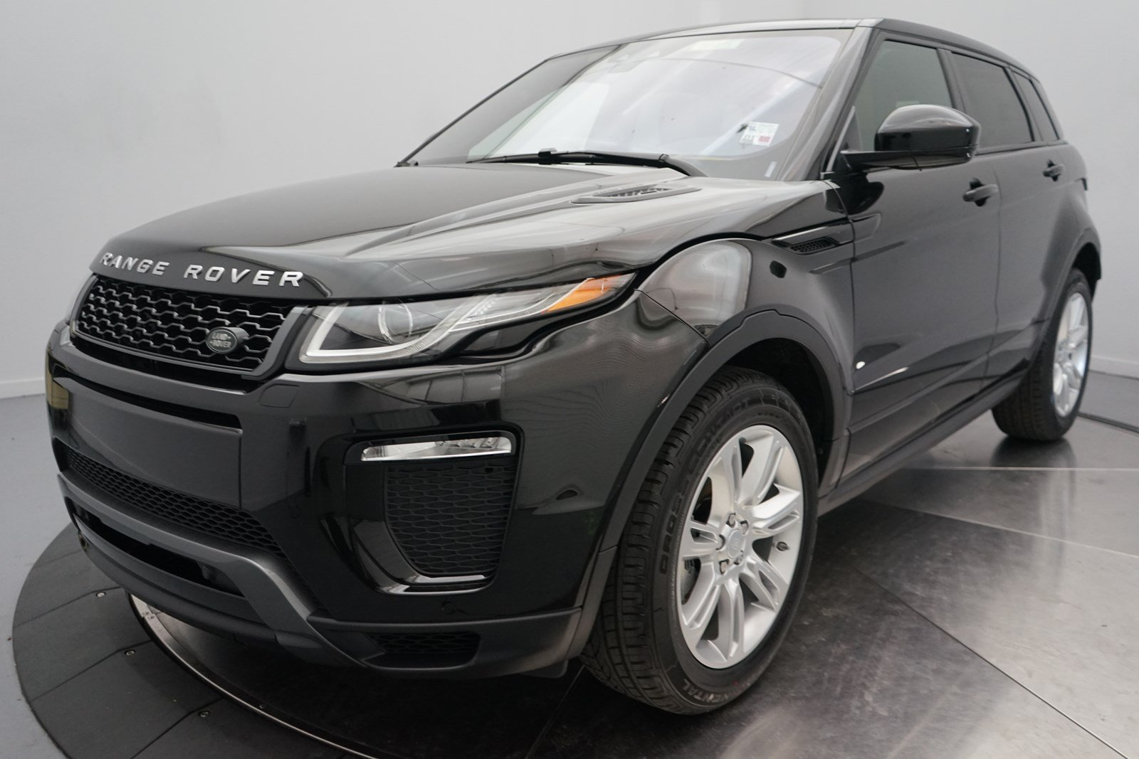 New 2018 Land Rover Range Rover Evoque HSE Dynamic 4 Door ...