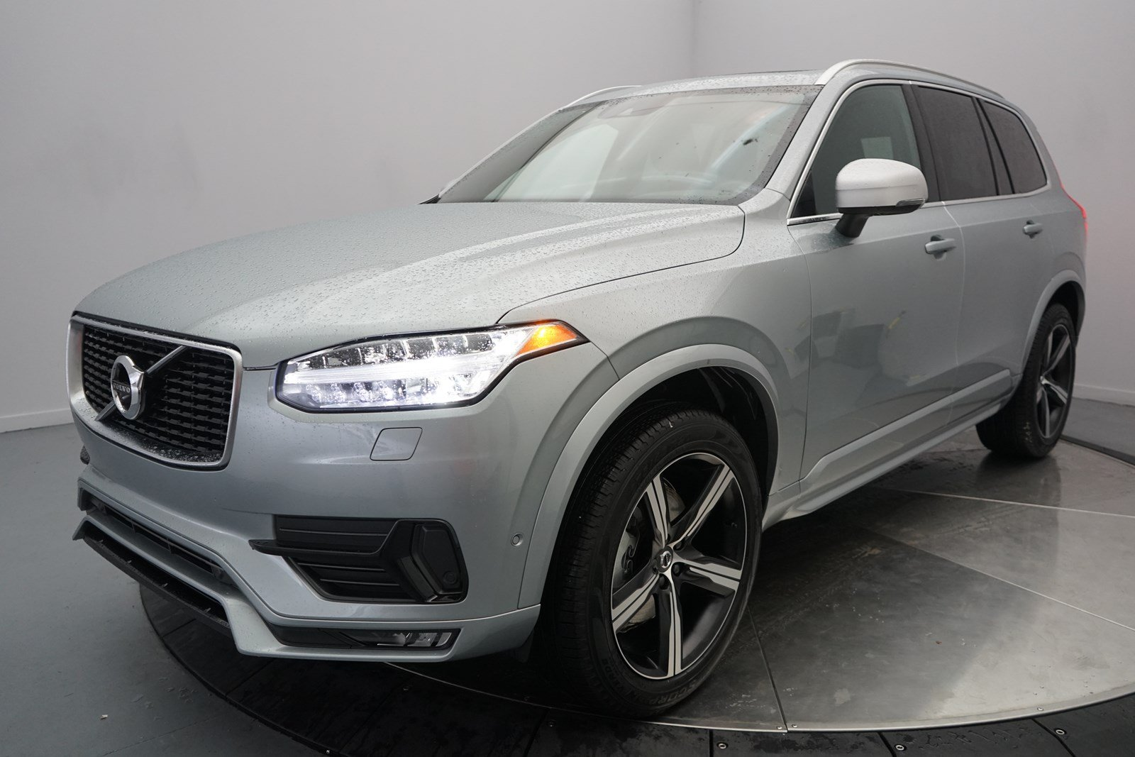 pre owned 2018 volvo xc90 r design sport utility in shreveport 8092a land rover of shreveport. Black Bedroom Furniture Sets. Home Design Ideas
